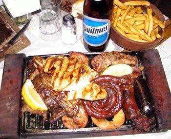 ¿A qué hora cenan aproximadamente los argentinos?