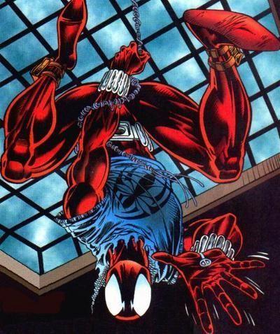 ¿Qué nombre tenía el clon de Spider-man que se escondía tras la máscara de la Araña Escarlata?