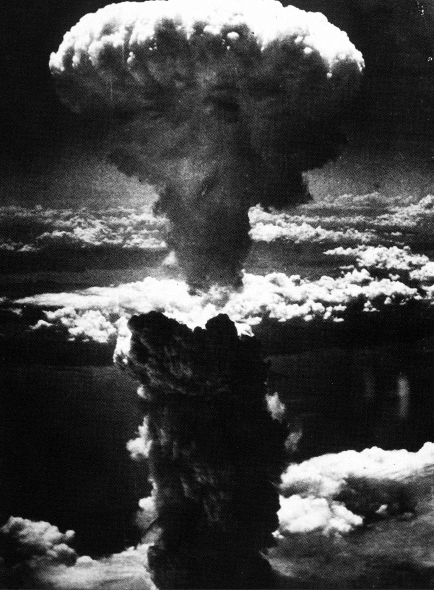 ¿Te parece que las bombas de Hiroshima y Nagasaki fueron necesarias?