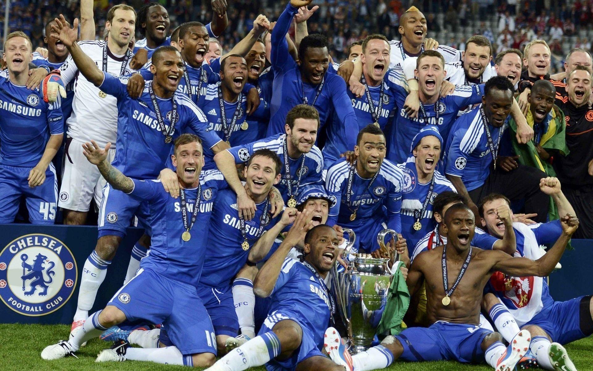 En 2012, el Chelsea FC se coronó campeón de la UEFA Champions League por primera y única vez ¿Qué entrenador estaba al mando?