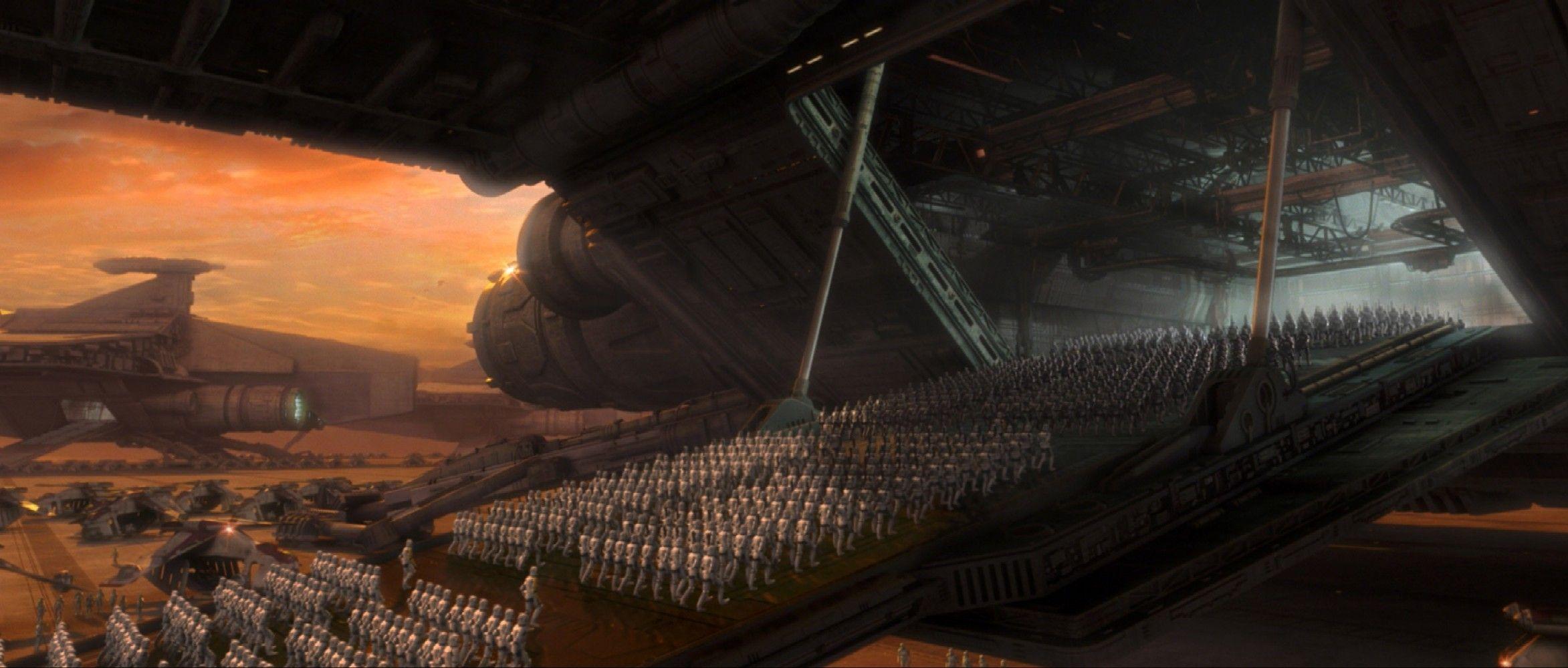 ¿Quién realmente ordena la construcción del ejército clon (mandado a la vez por su maestro)?
