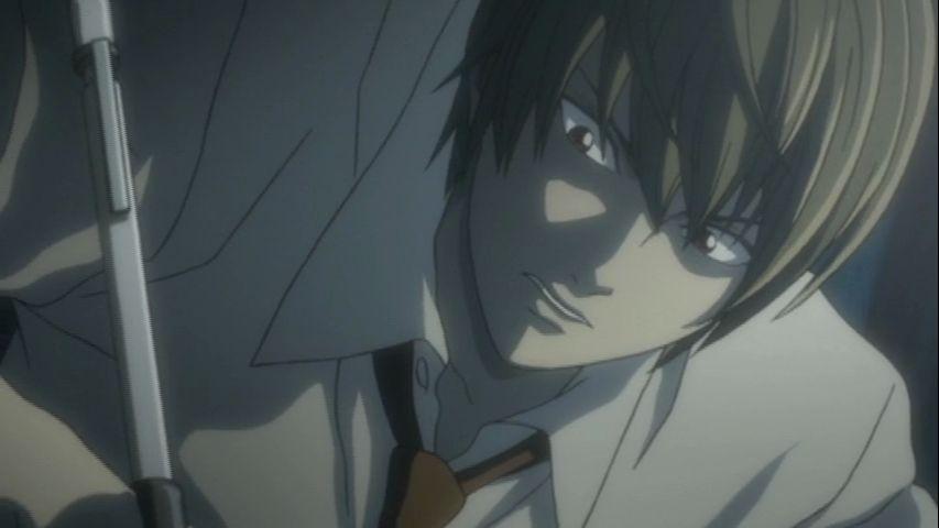 ¿Cuál es la primera víctima en la cual Light prueba la Death Note?