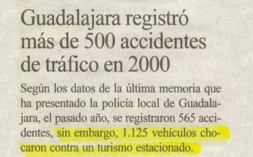 Un vehículo mal estacionado provoca que casi un millar de vehículos se accidenten, aunque por fortuna sin heridos.