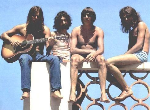 ¿Cúal de éstos álbumes de Pink Floyd tiene más canciones?