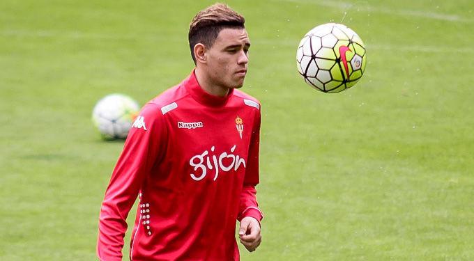 Juega en el Sporting. PISTA: Es un delantero Paraguayo, que anteriormente militó en la Roma, de la Serie A.