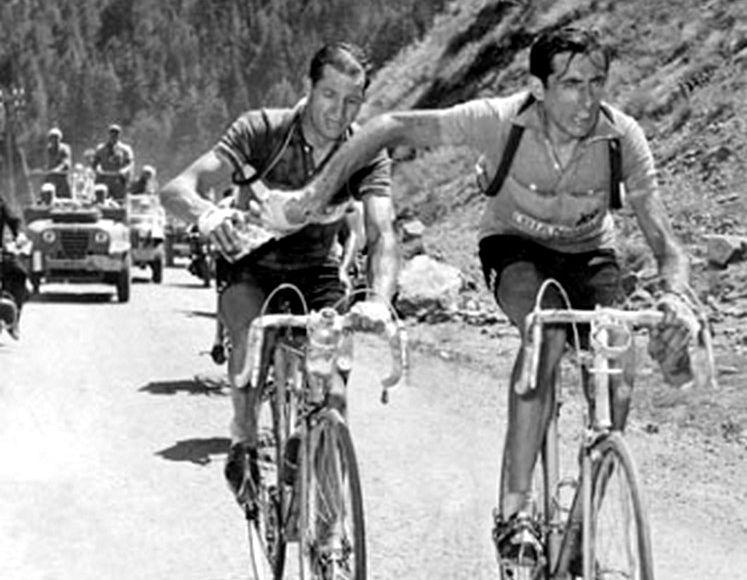 ¿Quién ha sido el ciclista más joven en ganar el Giro de Italia?
