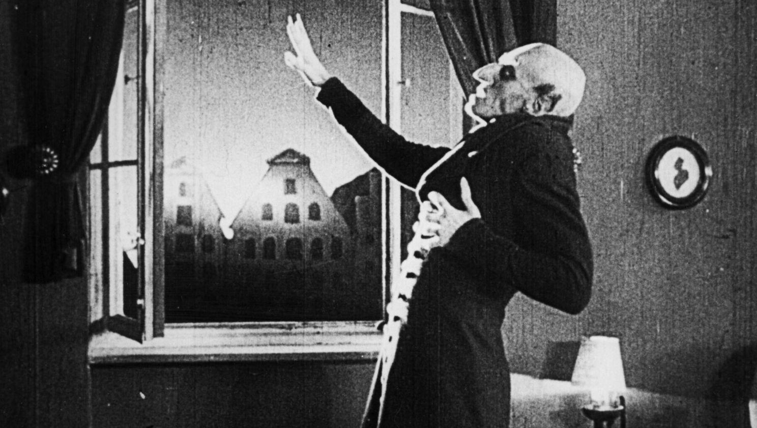 ¿Por qué se rodó Nosferatu cambiando nombres a personajes de Drácula?