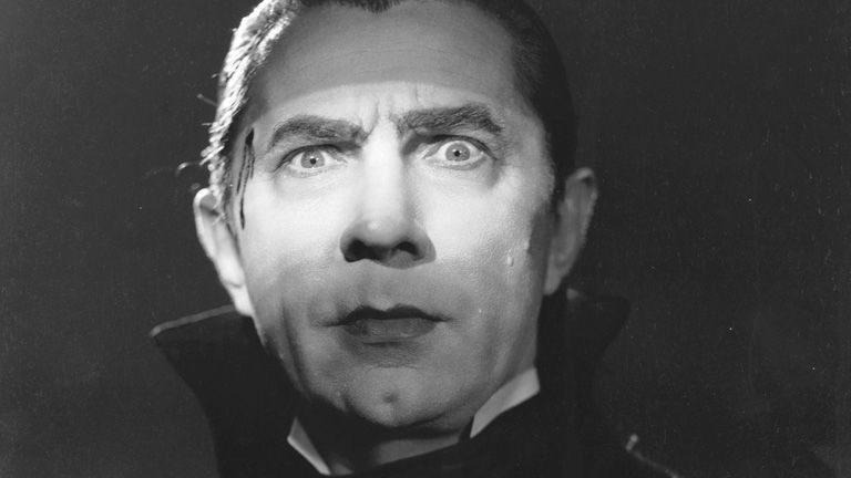 Bela Lugosi  interpretó en Broadway a Drácula...