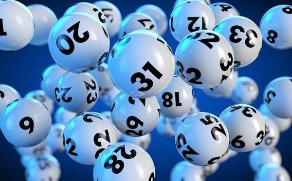 Ganas 50 millones de euros en la lotería ¿Qué haces?