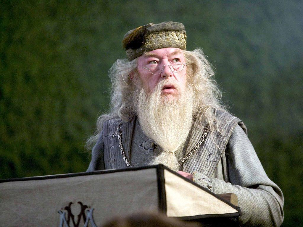 ¿Dónde tiene Dumbledore una cicatriz?