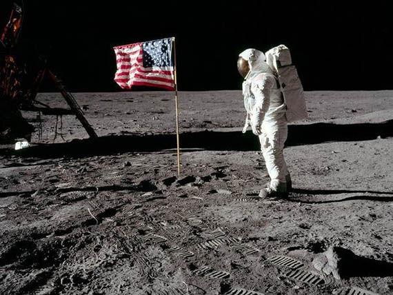 Última pregunta, ¡venga, va, una facilita!  En la Luna las rachas de viento tan solo llegan a los 50 km/h. ¿verdadero o falso?