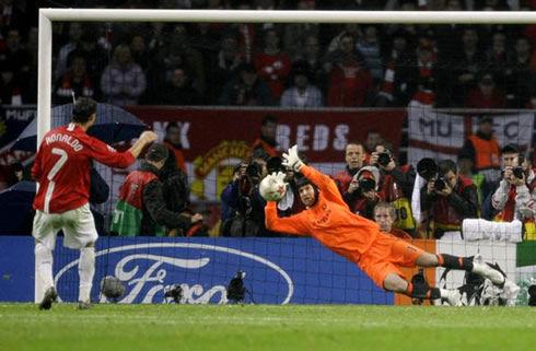 ¿Cuántas finales de la última década (de 2006 a 2015) se terminaron decidiendo en la tanda de penaltis?