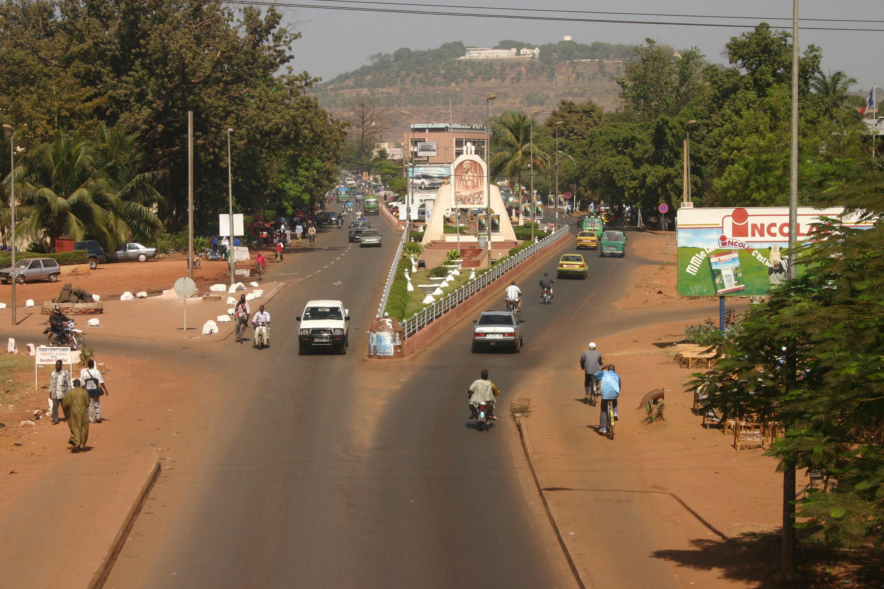 ¿A qué país pertenece Bamako?