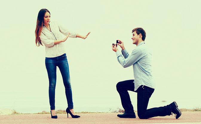 Tu novia rechaza la petición de matrimonio. ¿Cuál es tu reacción?