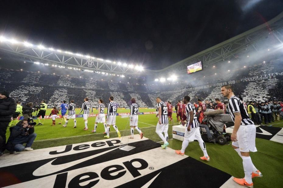 ¿Qué título lleva el himno oficial de la Juventus?