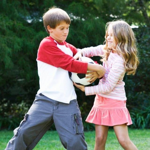 En un entrenamiento, tu hijo y compañero se pelean. ¿Qué harías en ese momento?