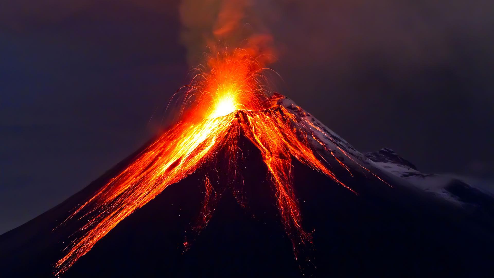Pasemos a geología/geografía: ¿Cuántos volcanes hay en la tierra?