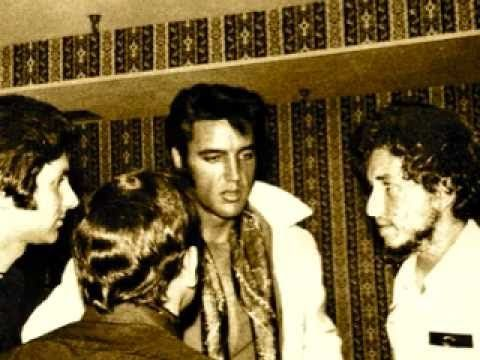 ¿Que canción de Dylan versionó Elvis Presley?