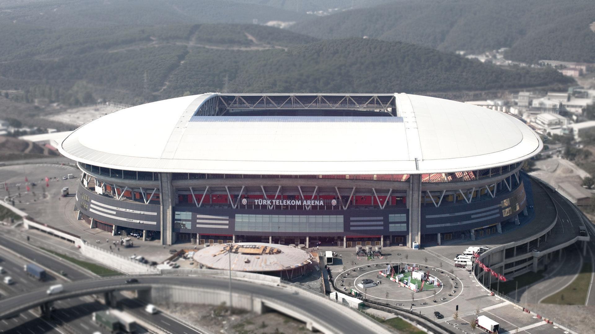¿Quién juega en el Türk Telekom Arena?