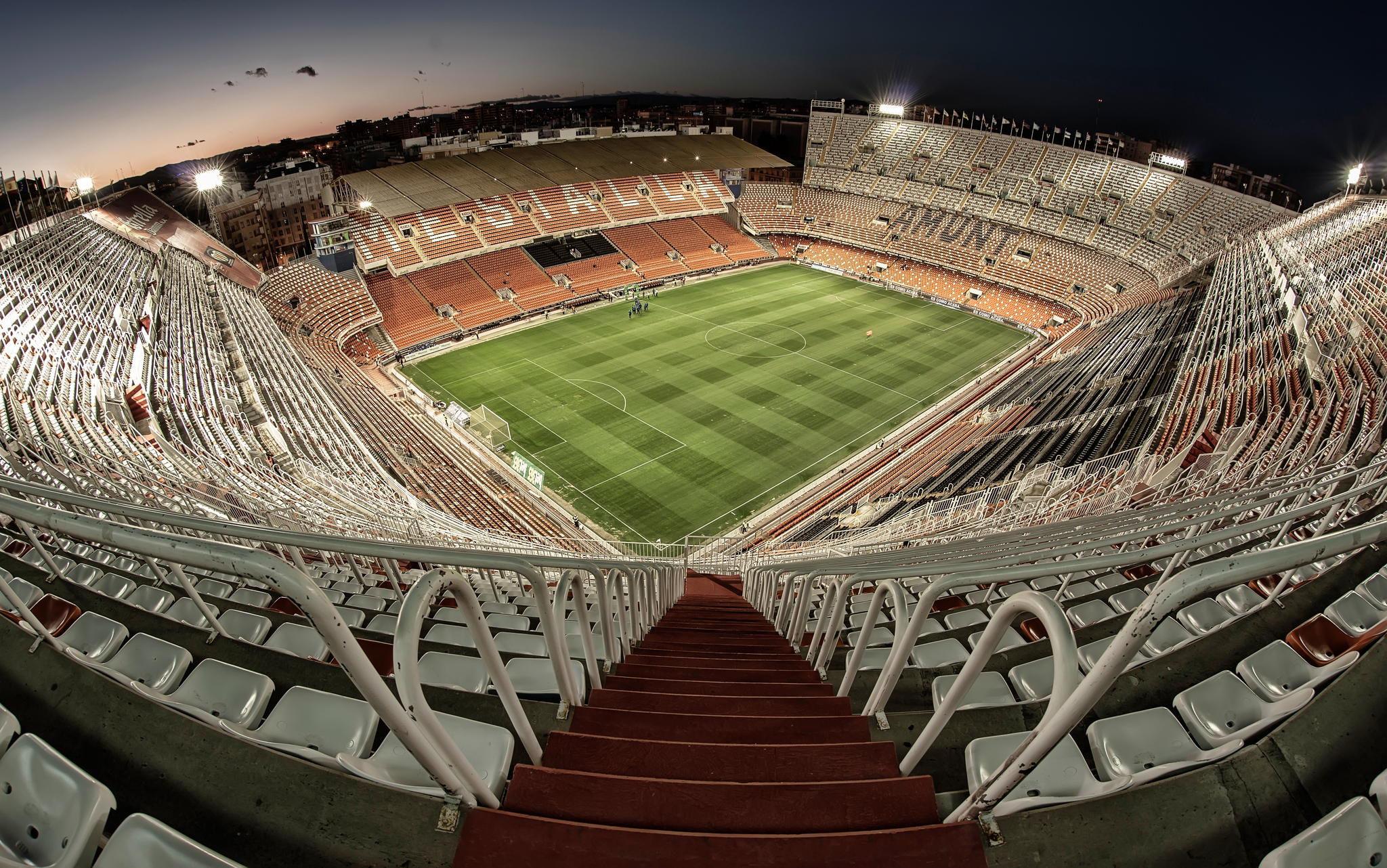 2973 - Estadios españoles y sus equipos