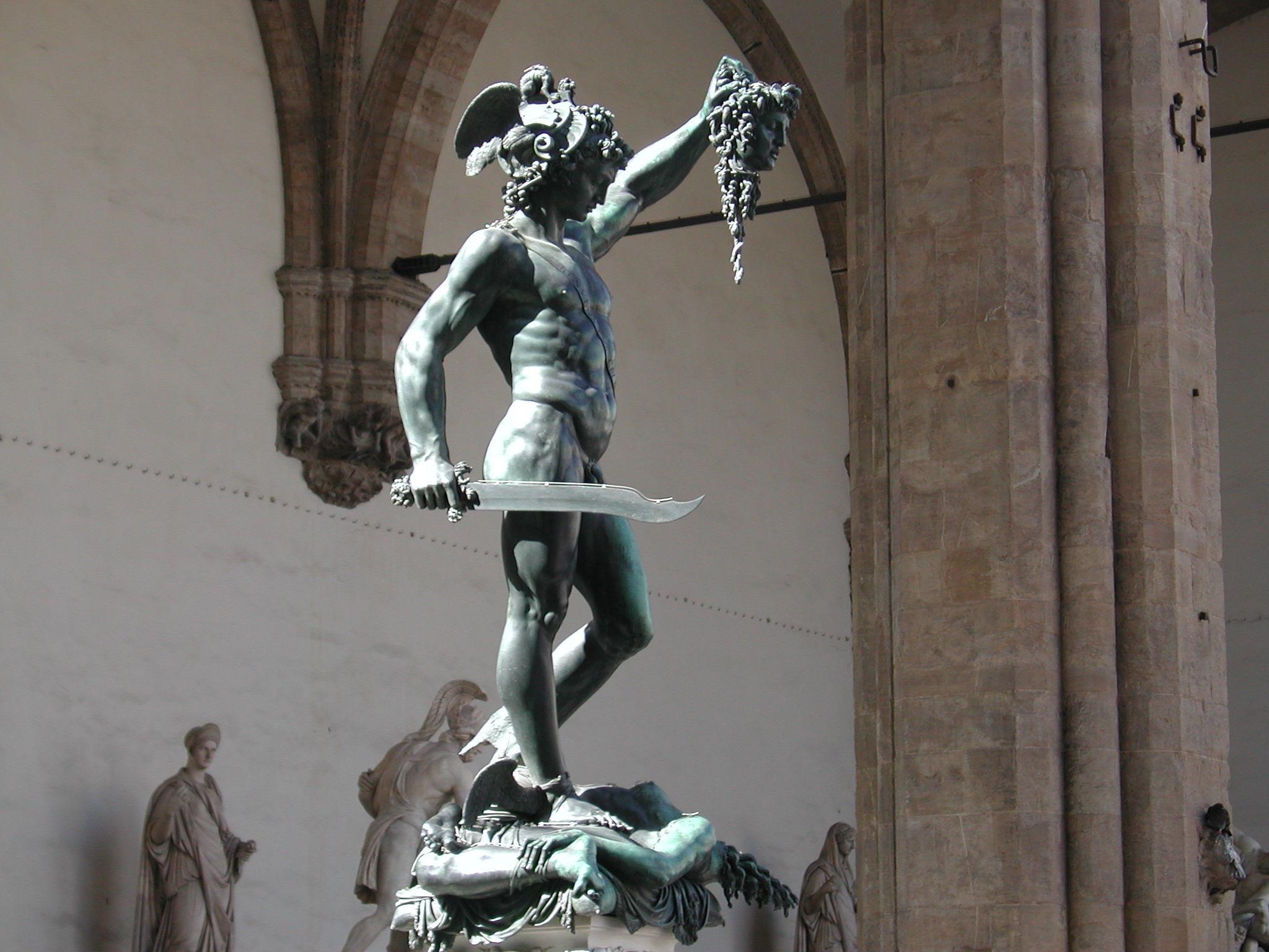 Penúltima, tu puedes: ¿Cúal de estos héroes no es hijo de Zeus?