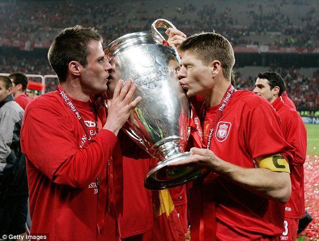 Todos recordamos la final de la UCL de 2005 en Estambul, pero, ¿Quiénes fueron los técnicos de los equipos que se enfrentaban?