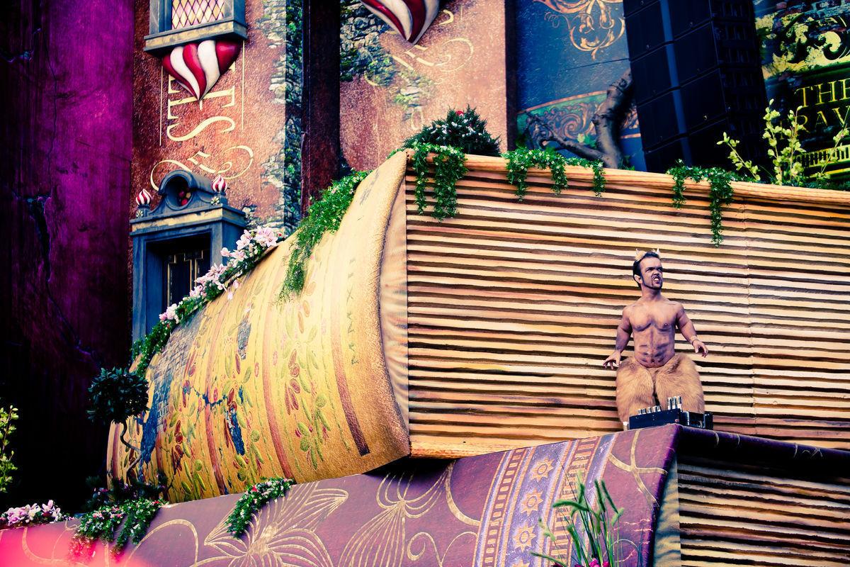 ¿Cuál es el tema que inspira Tomorrowland?