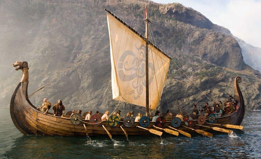 ¿Cómo se llaman los barcos típicos vikingos?