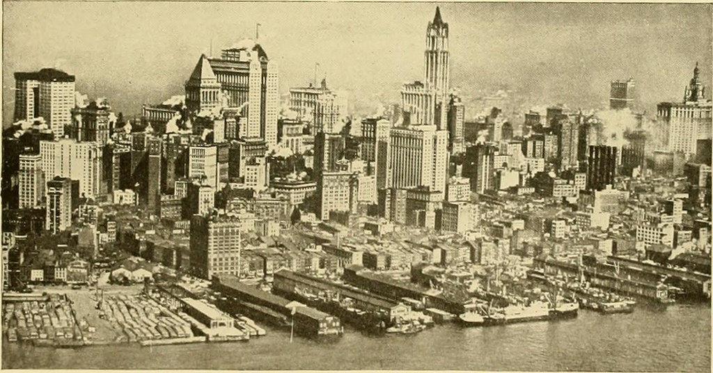 Sin contar las antenas, ¿cuál es el edificio más alto de la ciudad?