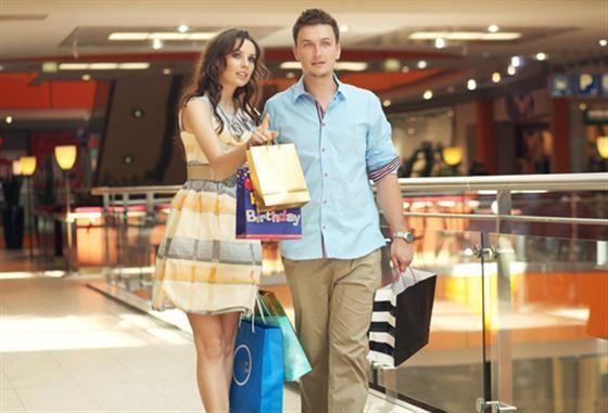 Qué prefieres, ¿Ir de compras o ir al cine?