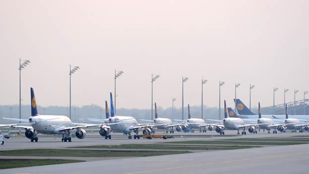 ¿Cuál es el aeropuerto con mayor número de aterrizajes y despegues?