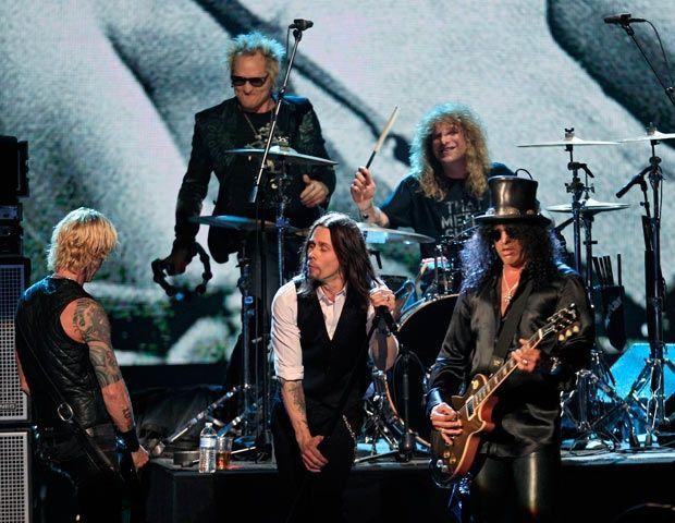 ¿Cuándo fue inducida la banda al Salón De La Fama Del Rock?