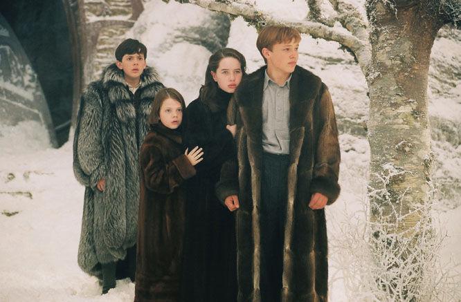 Al llegar a Narnia Lucy los lleva a la casa de Tummus pero, ¿qué es lo que encuentran?