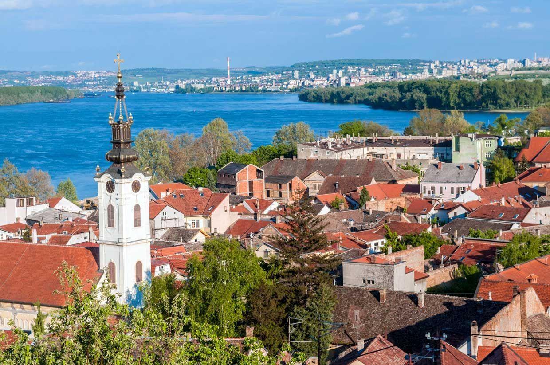 ¿En qué curiosa capital de Europa confluyen dos ríos?