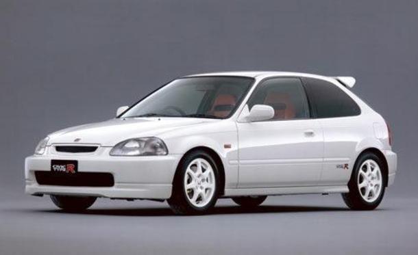 Aquí tenemos el legendario Honda Civic Type R (EK9) ¿Qué legendario motor lleva en su interior?