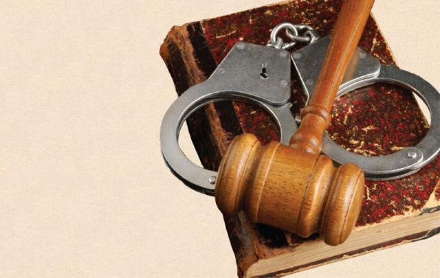 En cuanto a la retroactividad penal, ¿Cuál es correcta?