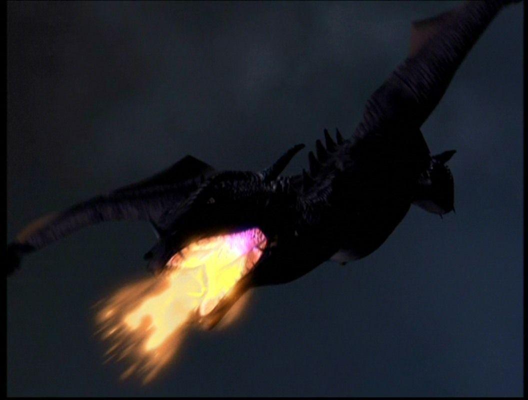 ¿Quién invoca un dragón?