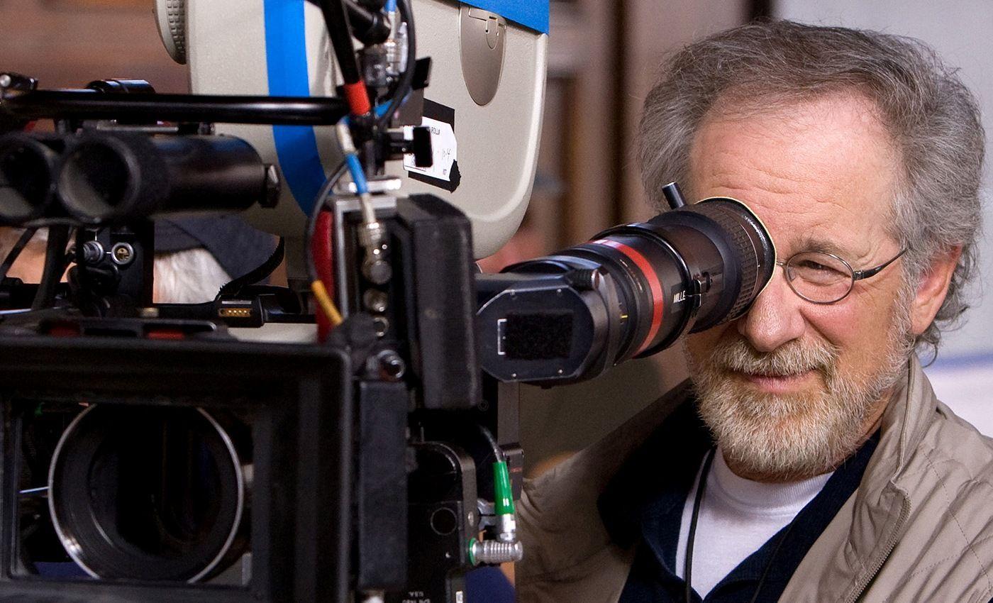 ¿En qué año rodó Spielberg su primera película?