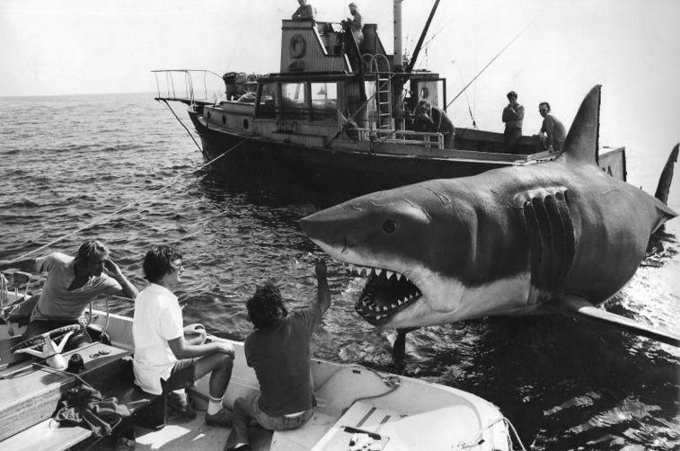 ¿En qué novela se inspiró Spielberg para rodar Tiburón?