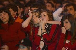 Final de la temporada, tu equipo desciende a Segunda División. Vaya veranito te vas a pegar...