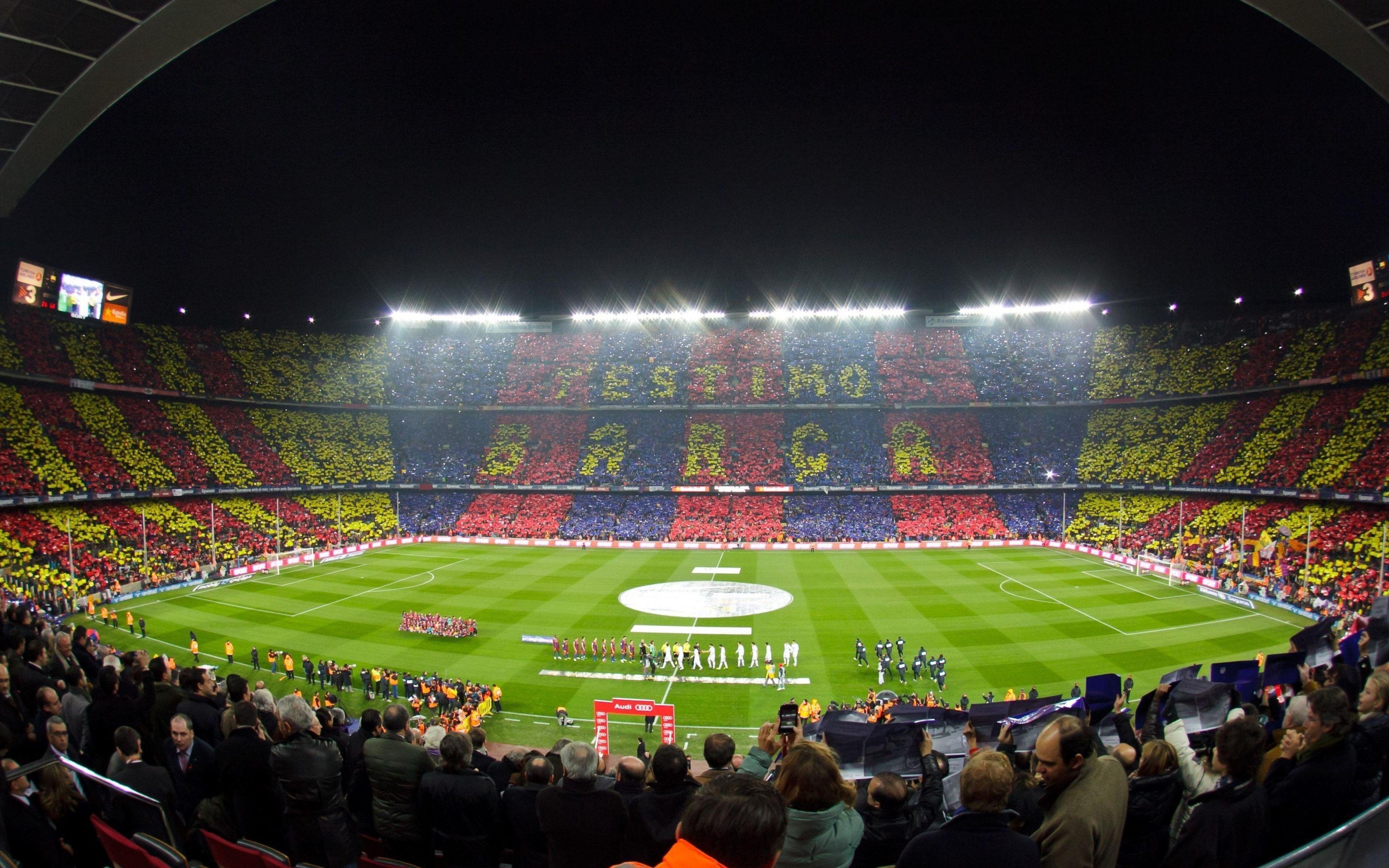 Una difícil, ¿en cuantos estadios ha marcado Messi en Champions League?