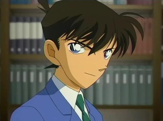 ¿Cuántos años tiene Shinichi Kudo?