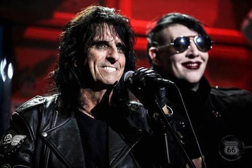 ¿Qué miembro de la banda es considerado por Manson como su hermano?