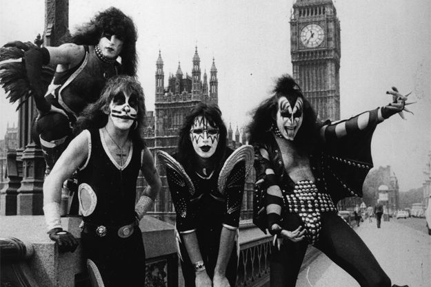 ¿Cómo se llamaba la banda de Genne Simmons y Paul Stanley antes de KISS?