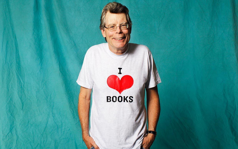 King confesó que escribió un libro bajo los efectos del alcohol. El libro fue...