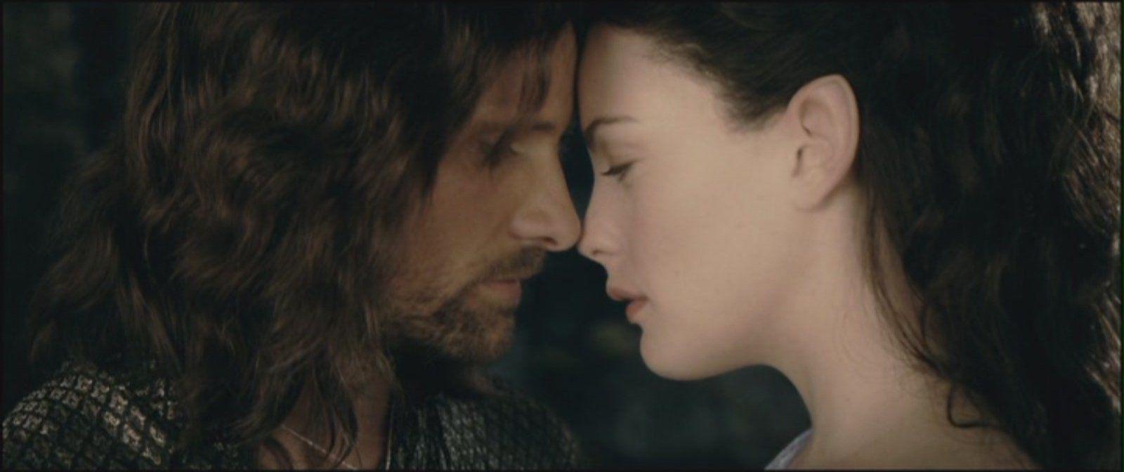 ¿ Qué relación de parentesco une a Aragorn y a Arwen a parte del matrimonio?