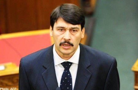 ¿Desde que año está al cargo como presidente János Áder?