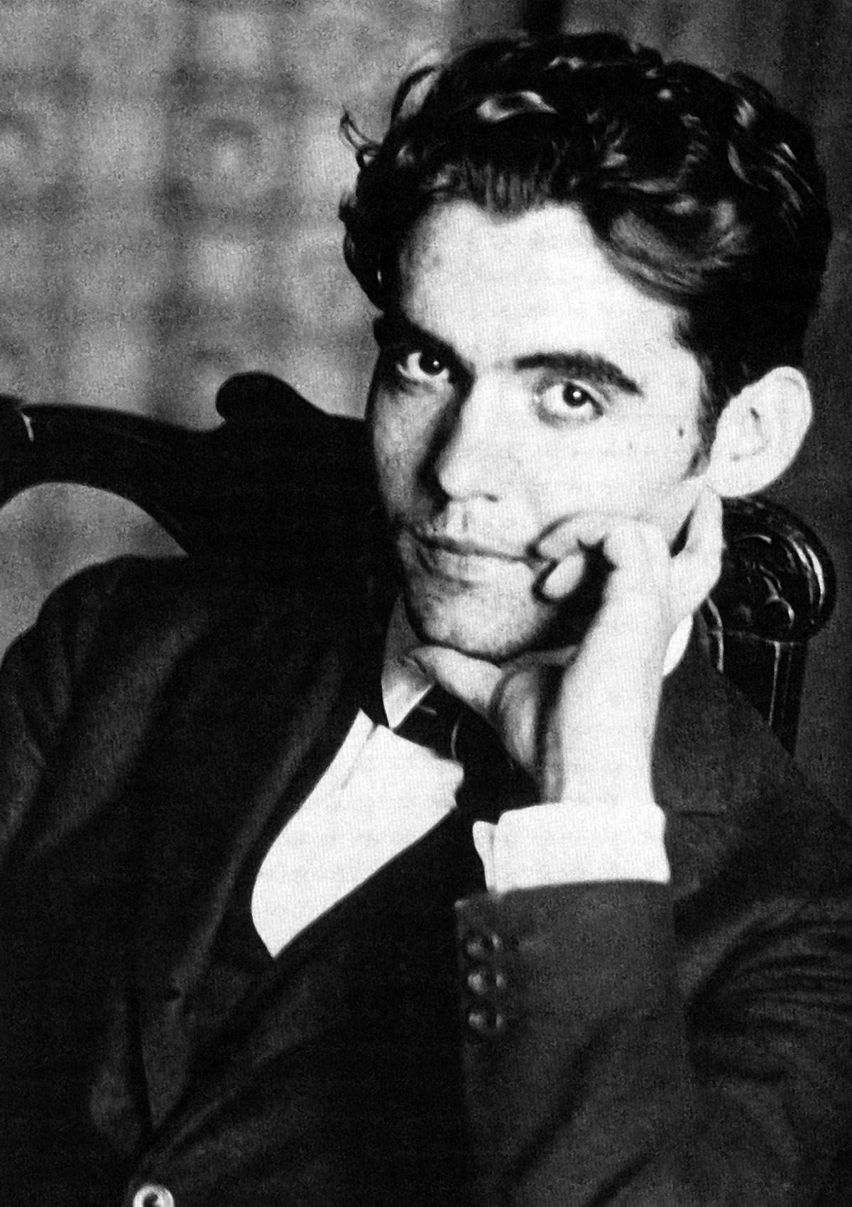 ARTE Y LITERATURA: ¿Cuál de estas obras NO es de Federico García Lorca?