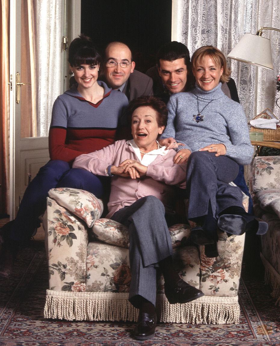 ¿Cómo se llamaba la madre (Amparo Baró) de Paco (Javier Cámara) en la serie