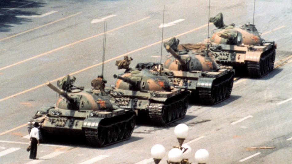 6026 - ¿Sabrías identificar estos tanques modernos?